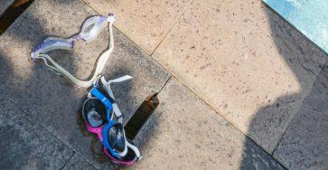 Tidak Menyentuh Kacamata Renang Bagian dalam, Real atau Mitos ?